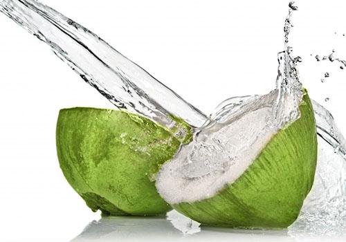 """Kokoswasser"