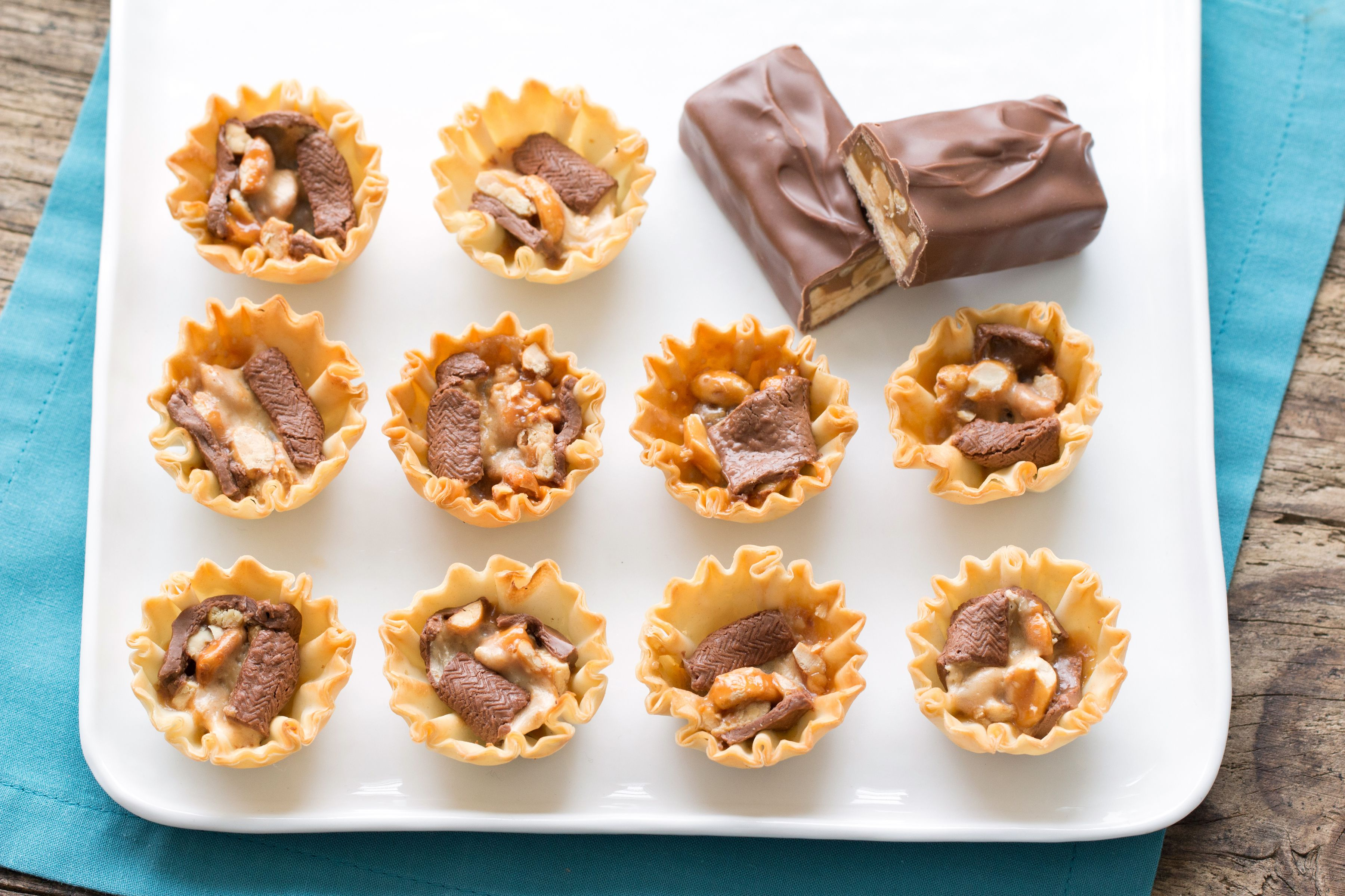 """Mini-Snickers-Kuchen"""